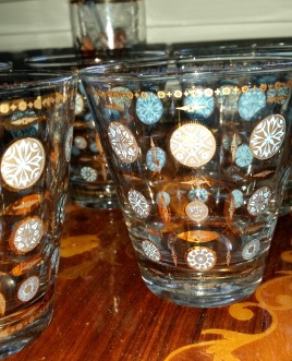 blue gold bar glasses 1