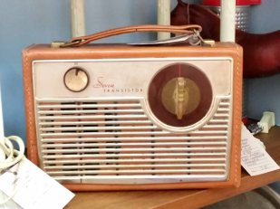 radio5.jpg